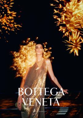 mica-arganaraz-bottega-veneta-spring-summer-2020-1