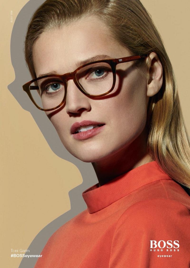 toni-garrn-boss-eyewears-spring-summer-2020-3