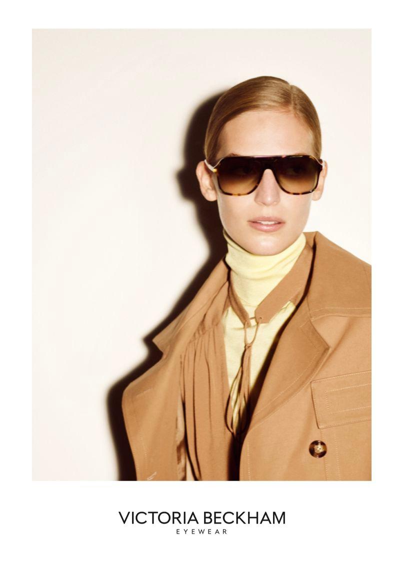 vanessa-axente-victoria-beckham-eyewear-2020-6