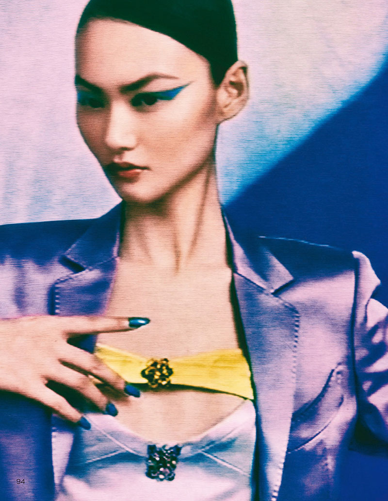 he-cong-elizaveta-porodina-vogue-china-august-2020-6