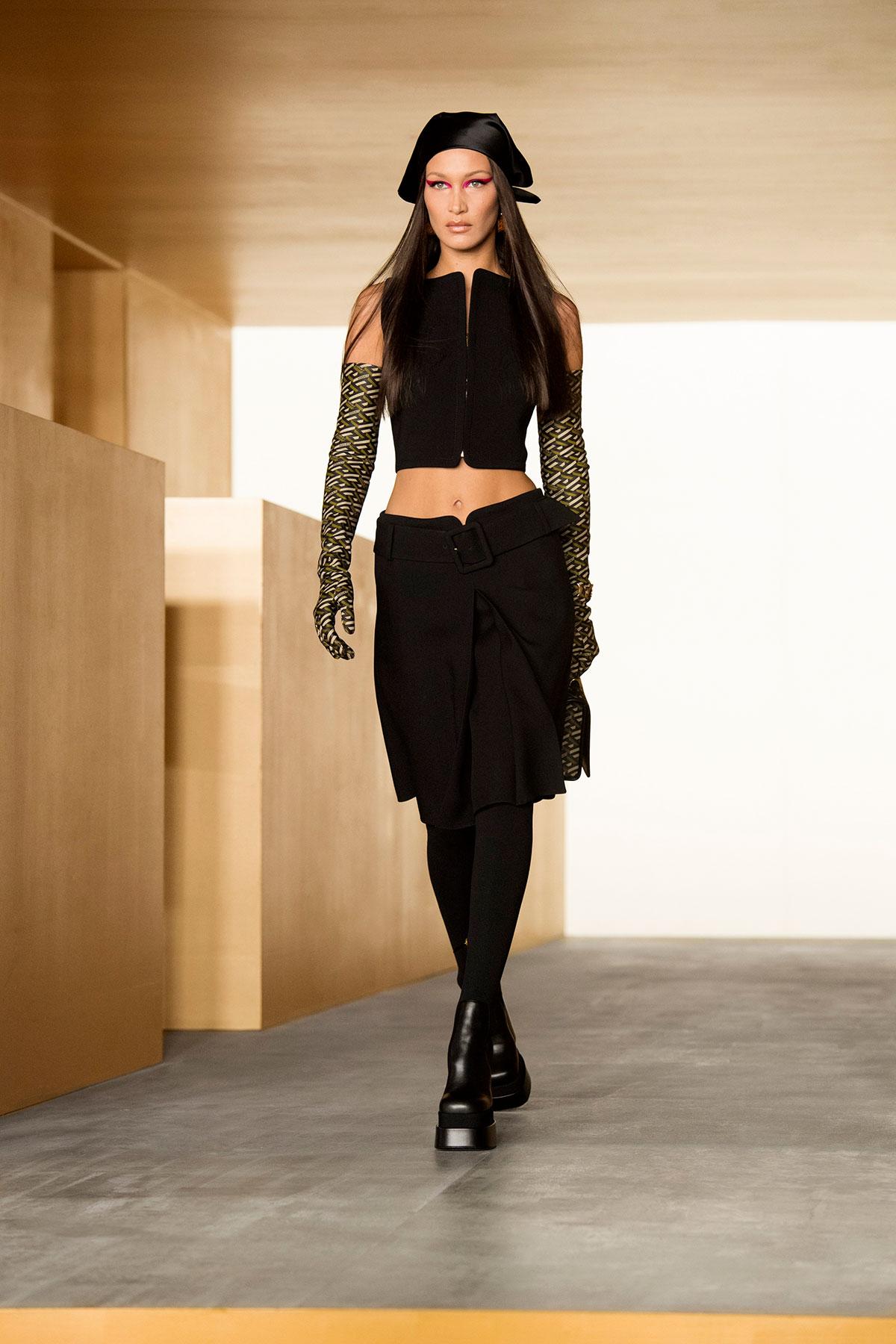 versace-fall-winter-2021