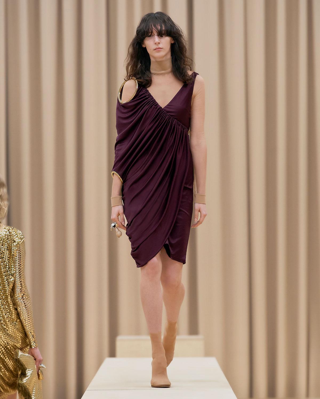 burberry-fall-winter-2021-womenswear